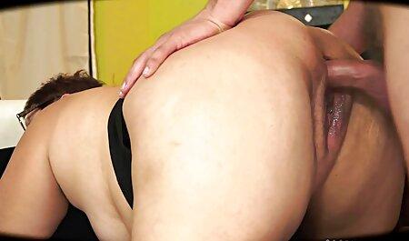 इस सेक्सी मूवी वीडियो हिंदी दृश्य के दौरान सह गोरा गोरा सह में भीग जाता है