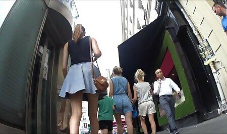 डोमिनेंट रेडहेड एक बड़े स्ट्रैपॉन हिंदी में सेक्सी वीडियो मूवी के साथ