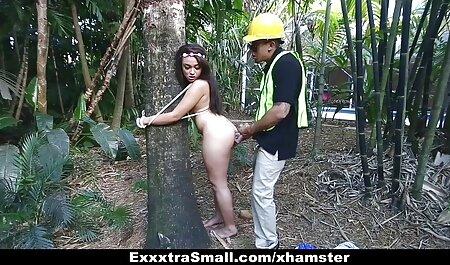 क्रूर मास्टर सुंदर लड़की को सेक्सी मूवी एचडी मूवी गुलाम बनाता है।