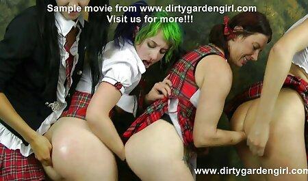 4 पसीने और बदबूदार पैरों न्यू हिंदी सेक्सी मूवी वाली 2 लड़कियां