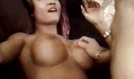 बूढ़ा सेक्सी वीडियो फुल फिल्म आदमी जवान लड़कियों को चोदता है