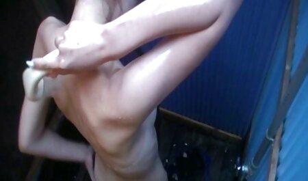 एक वयस्क थिएटर में रेट्रो गैंग बैंग सेक्सी मूवी हिंदी एचडी