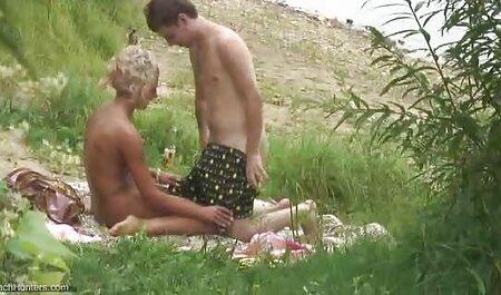 परदे के पीछे कैमरा गर्ल मेरे पड़ोसी की कामुक पत्नी को चोदता है हिंदी में सेक्सी वीडियो मूवी