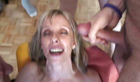 परिपक्व प्लम्पर Lexxi Meyers एक खिलौना के साथ उसकी योनी हिंदी मूवी वीडियो सेक्सी भराई है