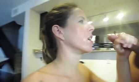 बेला ने कहा कि सिमोना उसके पैर सेक्सी वीडियो फिल्म हिंदी मूवी की उंगलियों को चूस सकती है